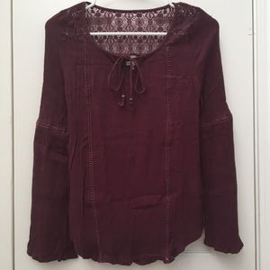 LACE INSET BELL-SLEEVED TOP